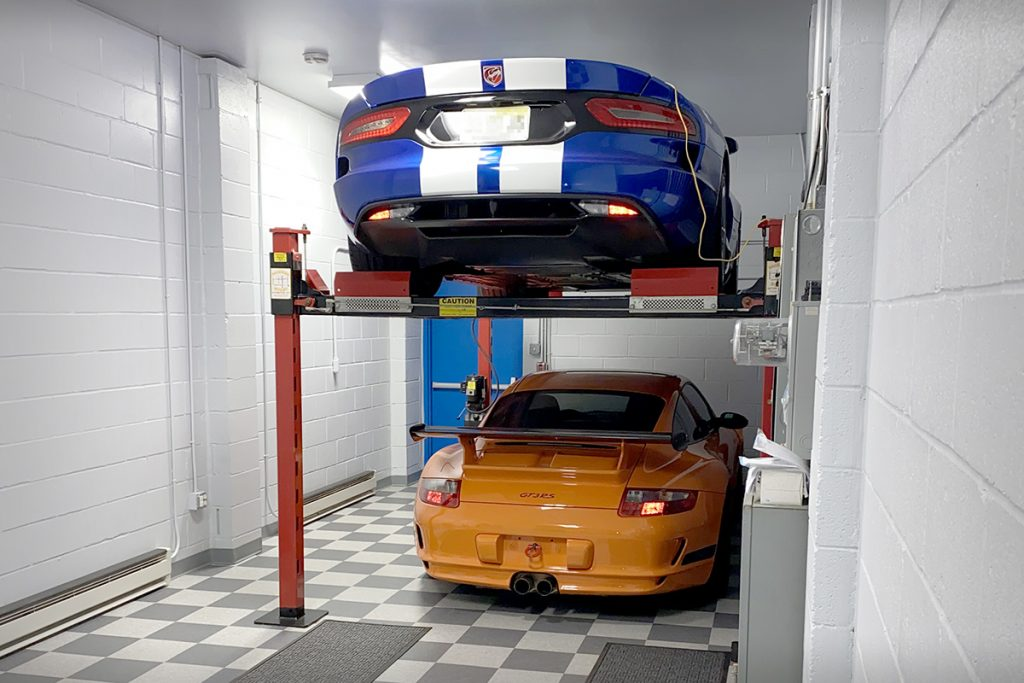 Private Garage 2 cars