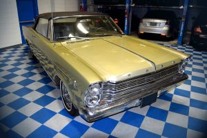 ACS Ford Galaxie 500 front